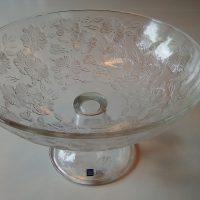 Rosita, iso tarjoilumalja, Kerttu Nurminen. Arabia Finn Crystal