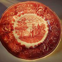 Maisema lautanen, punainen. Reinhard Richter, Arabia