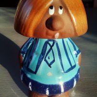 Poika, savifiguuri. Elbogen Keramik