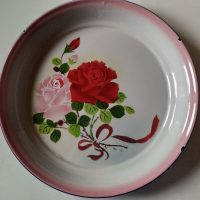 Ruususetti, emalia